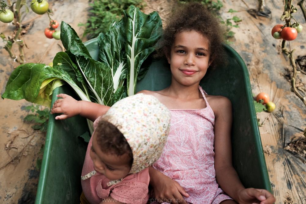 laboheme-photographie seance enfant soeurs champetre-10