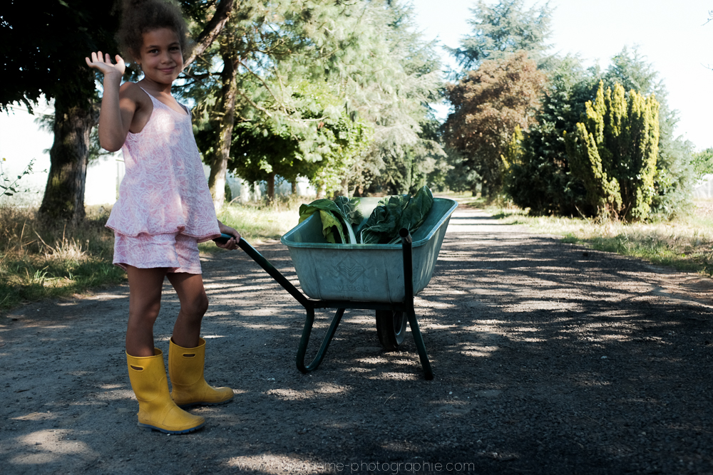 laboheme-photographie seance enfant soeurs champetre-16
