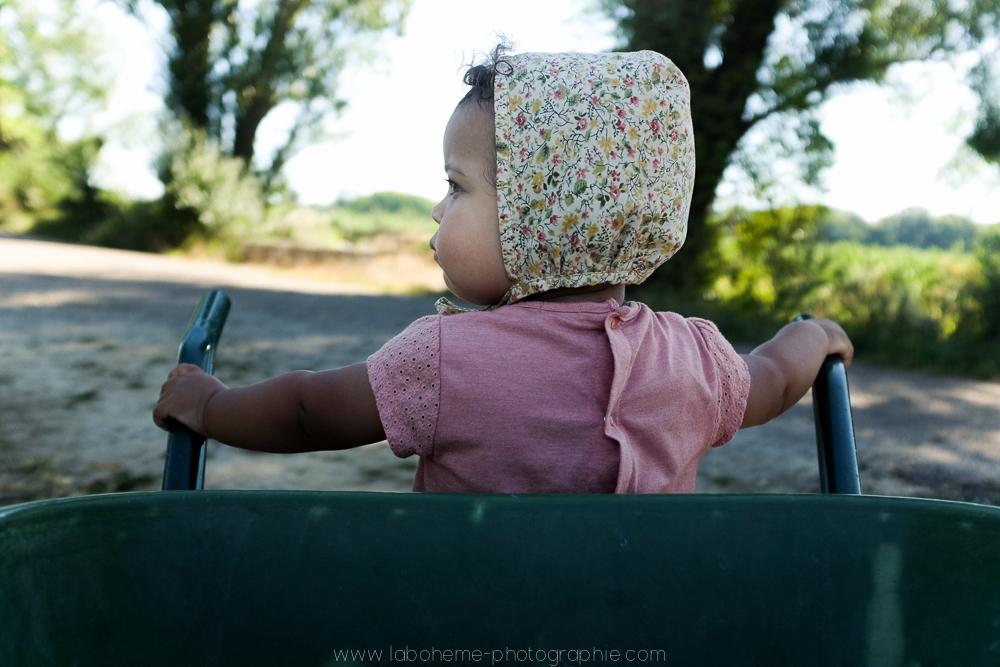 laboheme-photographie seance enfant soeurs champetre-29