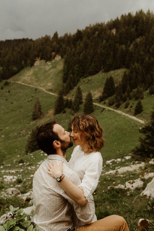 futurs maries dans les alpes