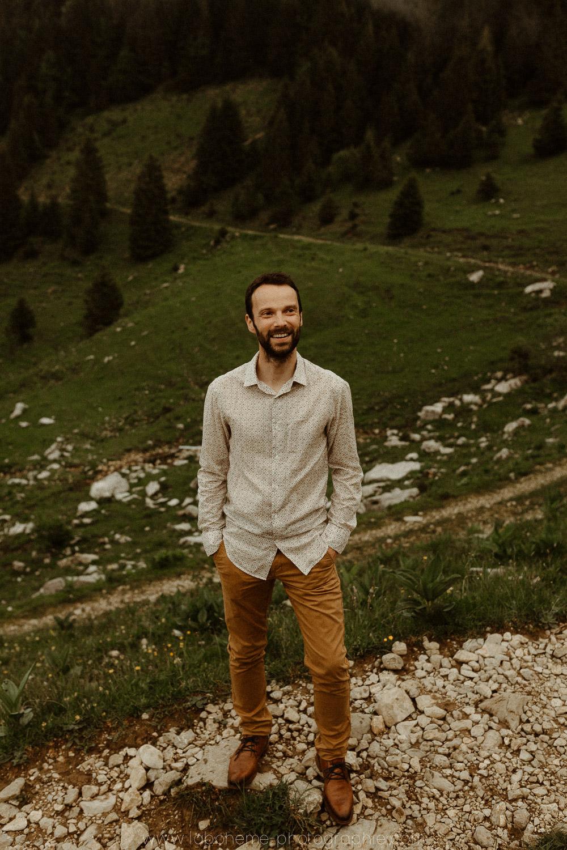 portrait marie a la montagne