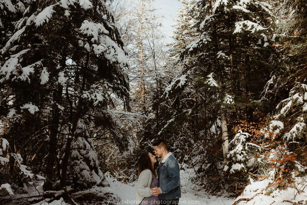 seance grossesse a la neige au semnoz