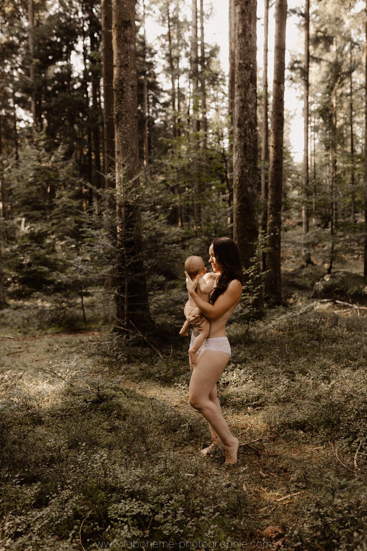 shooting photo maman bebe intime foret